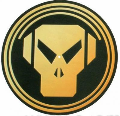 Metalheadz Platinum